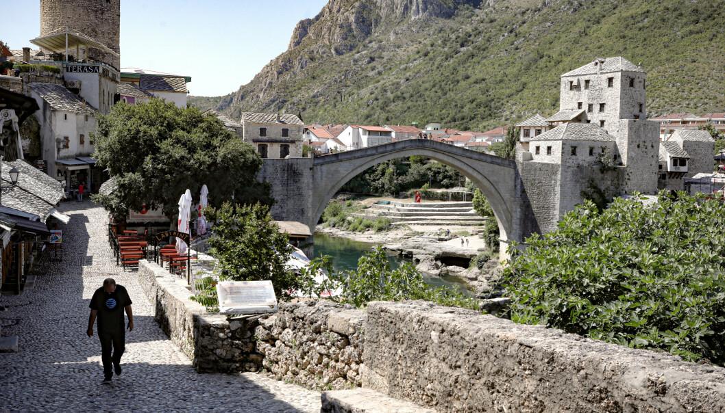 WHO ser med bekymring på økt smittespredning i flere europeiske land, blant dem Bosnia. Foto: AP / NTB scanpix
