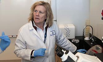 DISKREDITERT: Forskeren Judy Mikovits fremmer en særdeles ubegrunnet konspirasjonsteori mot Anthony Fauci. Foto: David Calvert for AP Images, File