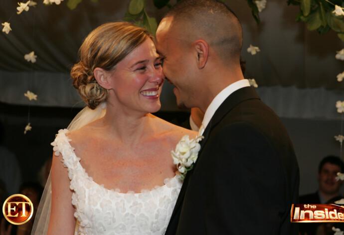MANN OG KONE: TV-programmet Entertainment Tonight fikk eksklusivt dekke det kontroversielle bryllupet. FOTO: Scanpix