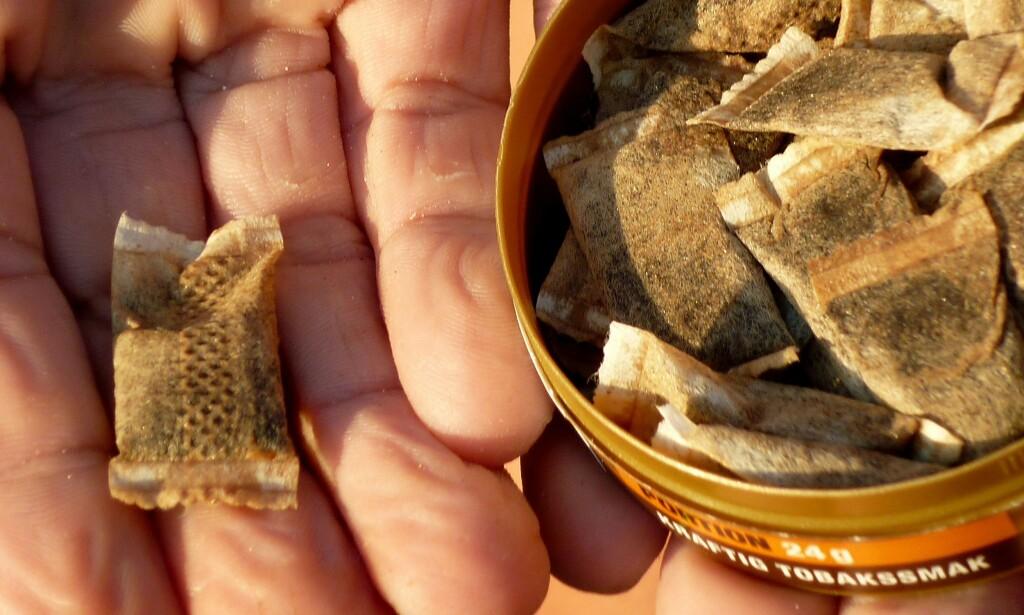 DETTE IRRITERER: Snusposer som blir etterlatt på Besseggen. Illustrasjonsfoto: NTB scanpix