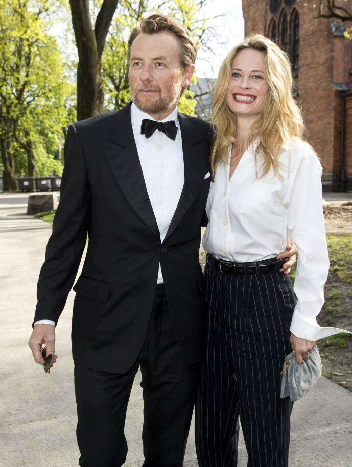 <strong>SEKSBARNSFAR:</strong> Fredrik Skavlan og Maria Bonnevie har tre barn sammen. Han har også tre barn fra tidligere forhold, og er dermed seksbarnsfar. Foto: Andreas Fadum / Se og Hør.