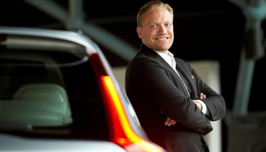 <strong>UNNGÅ ULYKKER:</strong> - Vi mener det viktigste er å unngå at ulykker oppstår. Derfor må vi sørge for at føreren er fullt konsentrert om kjøringen, sier Henrik Green, forsknings- og utviklingsansvarlig hos Volvo. Foto: Volvo