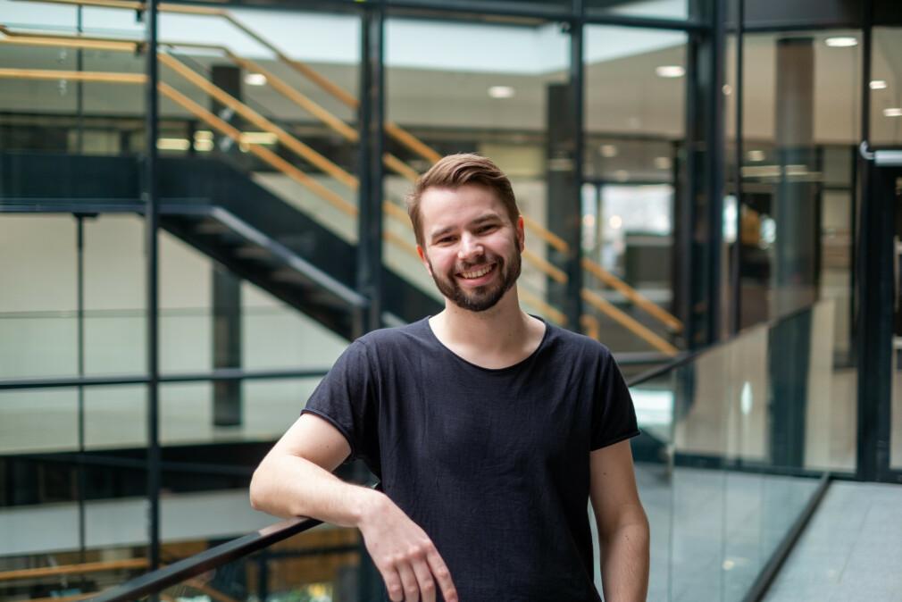 """Tobias Moe Thorstensen er """"Community Lead .NET & Senior Software Consultant"""" i Knowit Amende, og har sett nærmere på hva som kommer i .NET 5. 📸: Privat"""