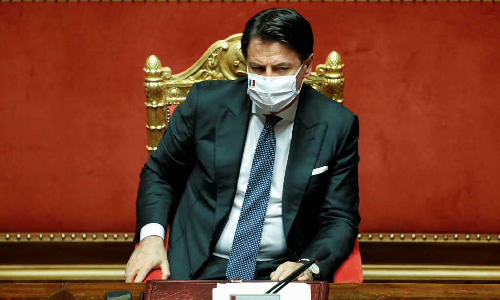 STATSMINISTER: Italias statsminister Giuseppe Conte avbildet i det italienske senatet 28. juli 2020. Foto: REUTERS/Remo Casilli
