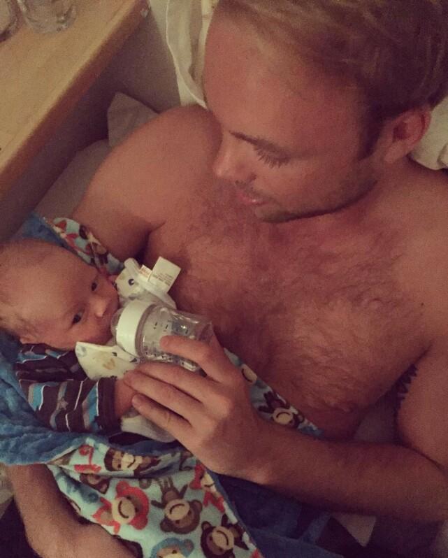 STOLT: Eliassen prater om sønnen med varme og stolthet. Det er tydelig at det å bli far har vært viktig for ham. Foto: Privat
