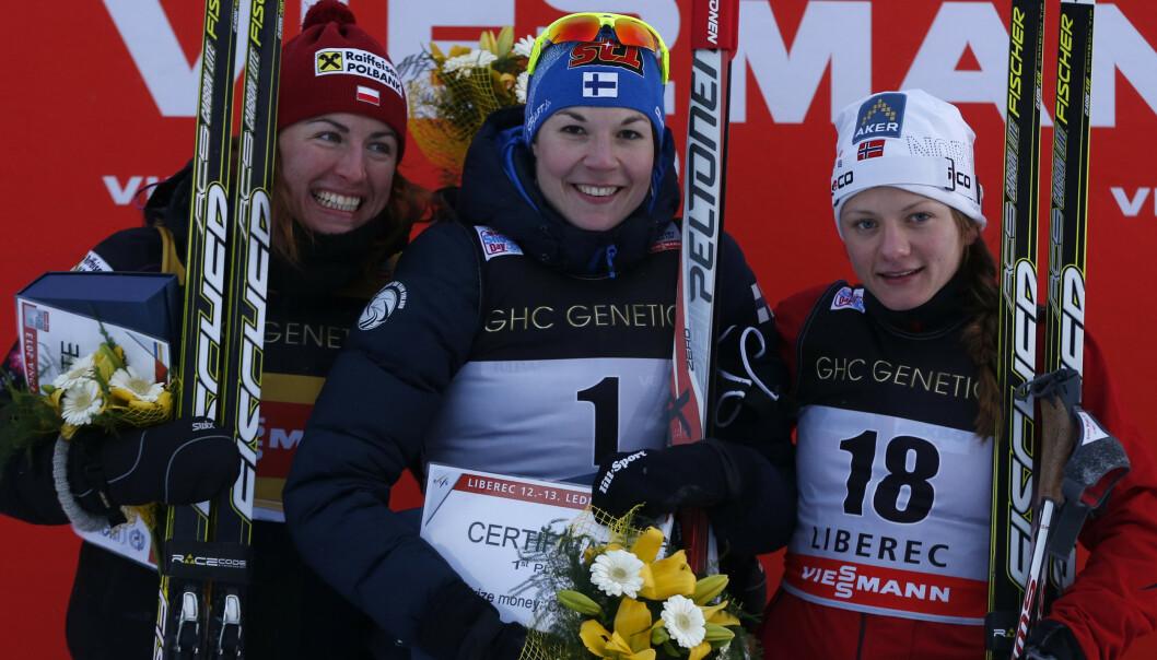 BEST: Mona-Liisa Nousiainen vant verdenscupsprinten i Liberec i 2013 foran Justyna Kowalczyk og Maiken Caspersen Falla. Foto: NTB Scanpix