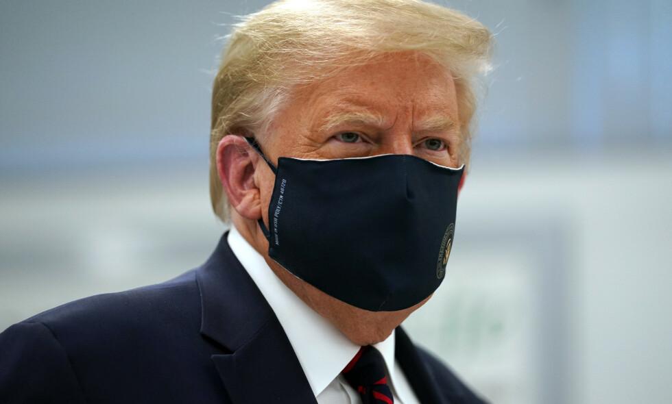 UKLARE REGLER: Dersom både president Donald Trump og visepresident Mike Pence skulle bli syke av coronaviruset, har det potensial til å bli skikkelig kaotisk. Foto: AP / NTB Scanpix