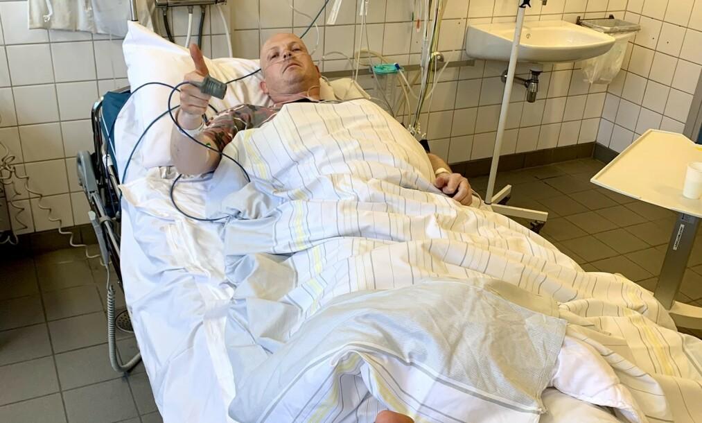 DRAMATISK: Steinar Bjerkmann er lagt inn på sykehus med forslått høyre ankel og hjernerystelse. Foto: Privat / Twitter
