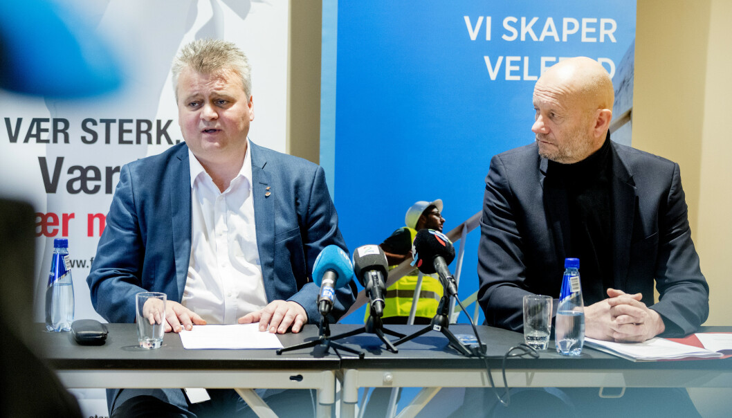 <strong>BRUDD:</strong> Administrerende direktør i Norsk Industri Stein Lier Hansen (t.h) og leder i Fellesforbundet Jørn Eggum under oppstarten av årets lønnsoppgjør. En drøy time etterpå brøt partene forhandlingene. Foto: Gorm Kallestad / NTB scanpix