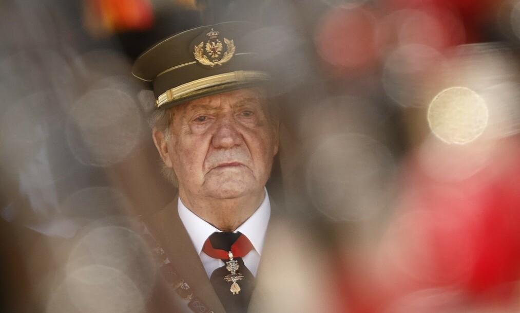 <strong>REISTE VEKK:</strong> Spanias tidligere konge Juan Carlos kunngjorde mandag at han hadde forlatt Spania. Det gjorde han etter å ha stått i skandale på skandale i flere år. Foto: NTB Scanpix