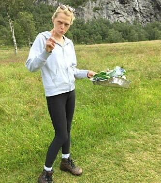 <strong>RUSKENAKSJON I ROGALAND:</strong> Dinsides journalist fant mye søppel på tur til Månafossen i Rogaland. Foto: Wilja Eriksen.