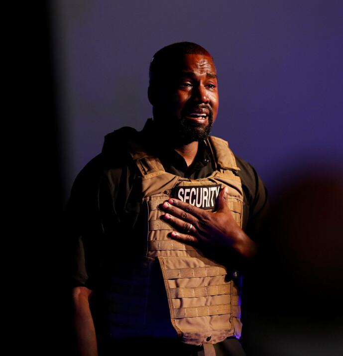 <strong>FØLSOM:</strong> Da Kanye West holdt et valgkampmøte i Nord-Carolina den 19. juli, begynte han å gråte på scenen. Foto: NTB Scanpix