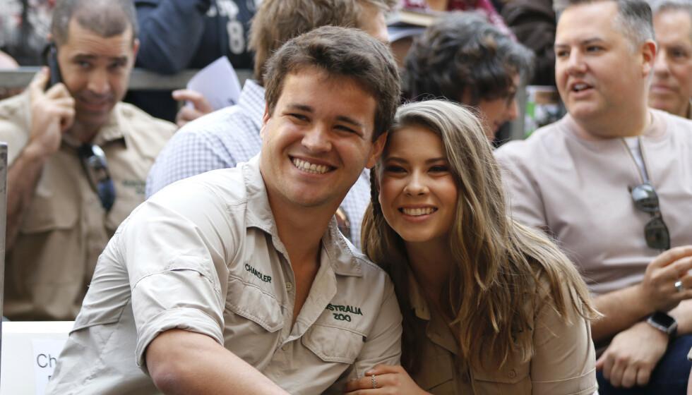 <strong>BLIR FORELDRE:</strong> Chandler Powell og Bindi Irwin blir foreldre i 2021. Foto: NTB scanpix