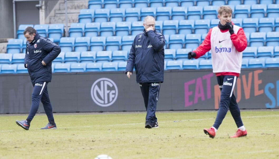 <strong>GOD KOMMUNIKASJON:</strong> Martin Ødegaard og landslagsledelsen ved Lars Lagerbäck og Per Joar Hansen snakker jevnlig sammen. Foto: Terje Pedersen / NTB scanpix