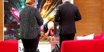 Image: Her får hun Kongens fortjenstmedalje: - Målløs