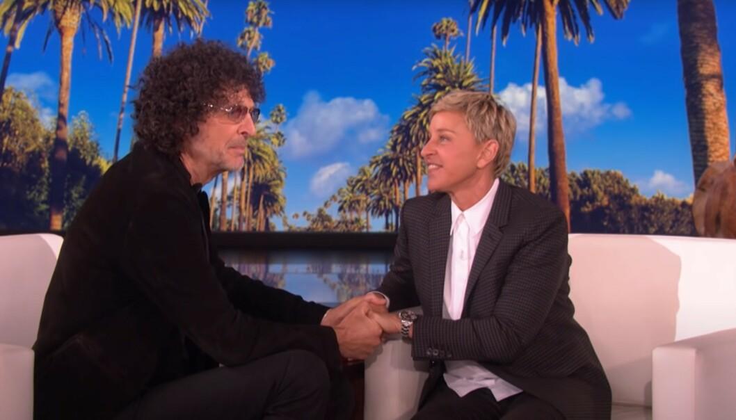 <strong>FÅR RÅD:</strong> Ellen DeGeneres får råd fra radioprofilen Howard Stern. Han mener programlederen bør endre image. Foto: TV3