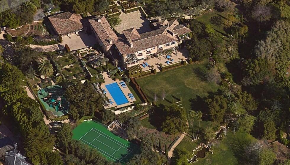 <strong>ELLEVILL SUM:</strong> Prins Harry og hertuginne Meghan har nylig kjøpt dette huset i Montecito i California, til den nette sum av 130 millioner kroner. Foto: Google Maps