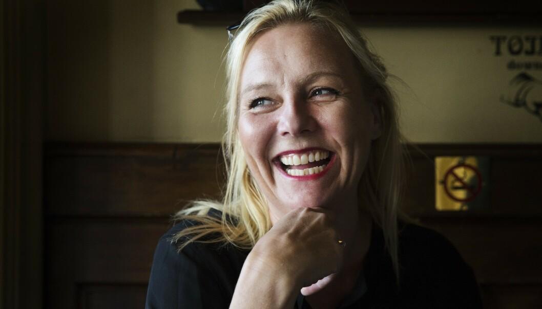 OPPFØLGER. Linn Skåber har, sammen med illustratør Lisa Aisato, laget en oppfølger til suksessboka «Til ungdommen».  Foto: Henning Lillegård