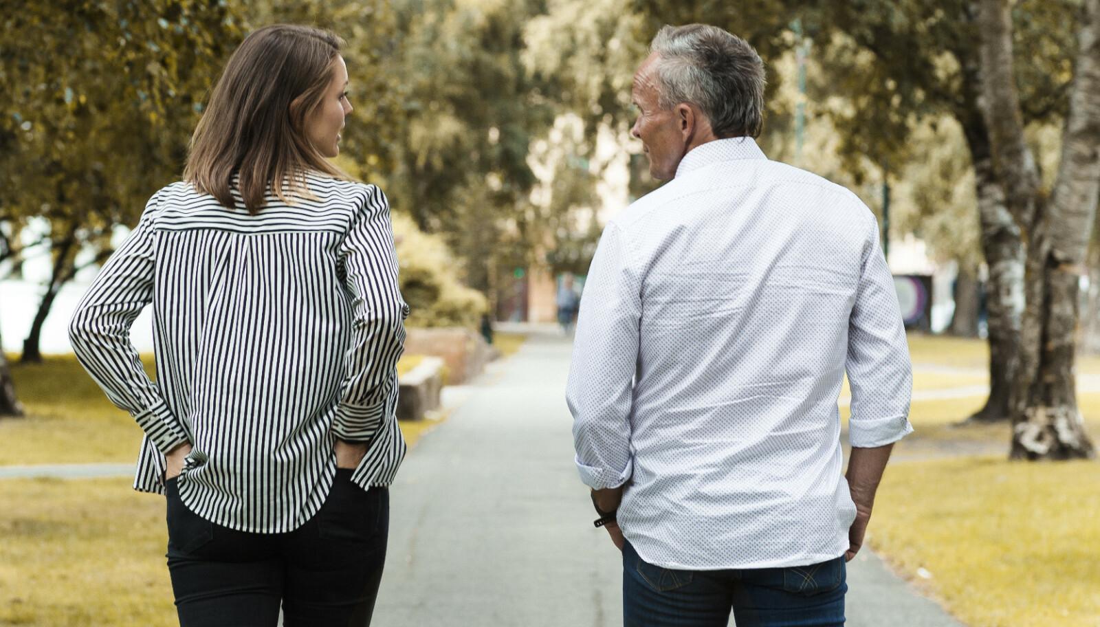 <strong>MANGE SAMTALER:</strong> Bokprosjektet har ført Vilde og Odd Werner nærmere hverandre. Foto: Astrid Waller