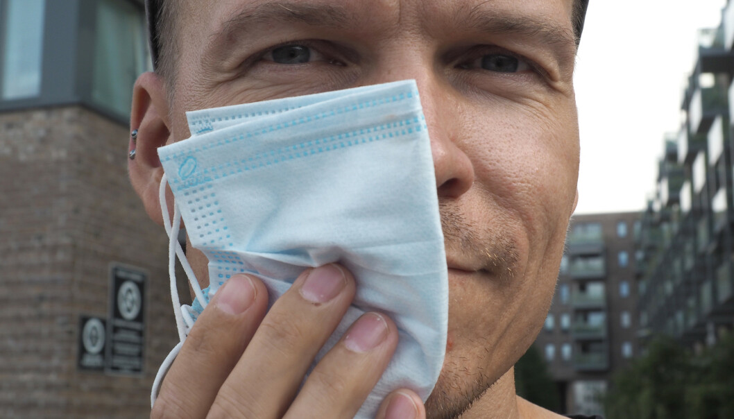 <strong>HALVT MUNNBIND:</strong> Prøv å registrere ansiktet ditt med FaceID eller annen annen ansiktsopplåsing med et munnbind som dekker halve ansiktet ditt. Foto: Kirsti Østvang