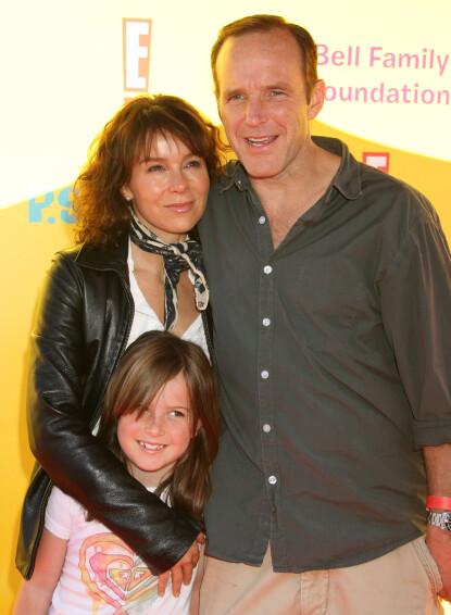 <strong>DEN GANG DA:</strong> Jennifer Grey, datteren Stella, og ektemannen Clark Gregg under en filmpremiere i 2009. FOTO: NTB scanpix