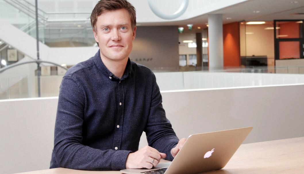Vi.no-redaktør Andreas Heen Haaland-Carlsen ønsker velkommen til den nye pluss-satsingen. Foto: Ole Petter Baugerød Stokke/Kode24.no