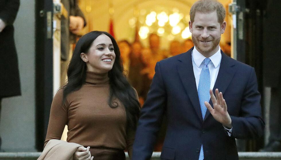 <strong>LUKSUSLIVET:</strong> Da hertuginne Meghan og prins Harry sa fra seg offisielle plikter, forsvant også pengesekken. Det nye livet har likevel bydd på store summer og pengegaver, hevdes det i en ny bok. Foto: NTB Scanpix