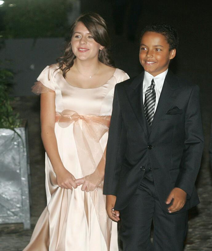 <strong>DEN GANG DA:</strong> Er her Isabella og Connor fotografert sammen i 2006 i Roma. Nå er begge to blitt voksne, og lever helt egne liv. Foto: AFP/ NTB Scanpix