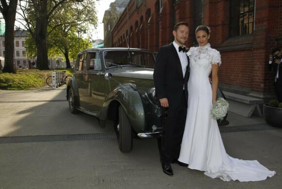<strong>GIFTET SEG:</strong> I år er det seks år siden Jenny Skavlan og Thomas «Fingern» Gullestad ga hverandre sitt ja. Foto: Andreas Fadum/Se og Hør