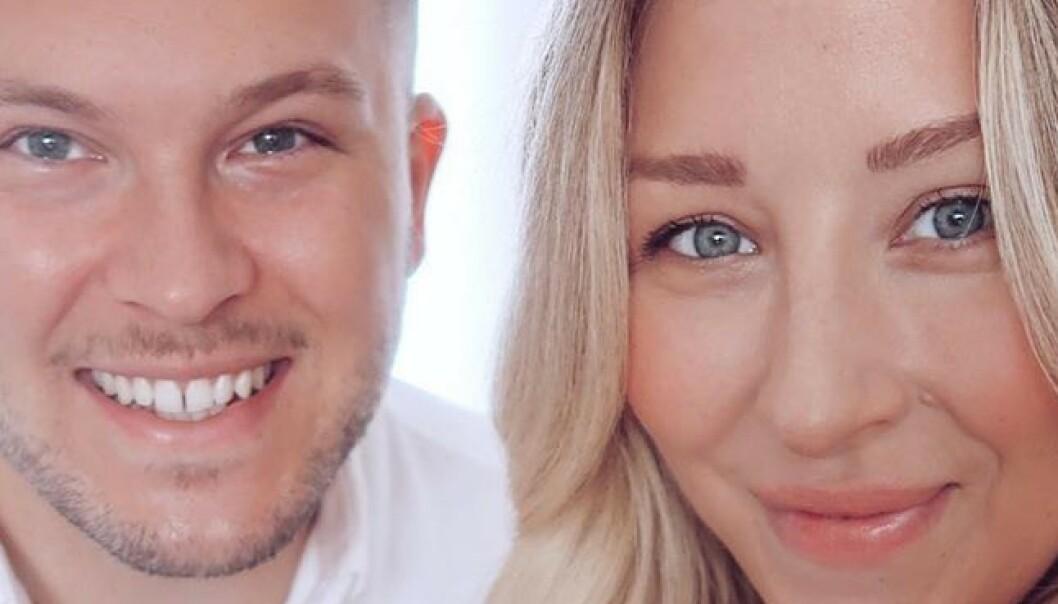 Bloggstjerna røper graviditet