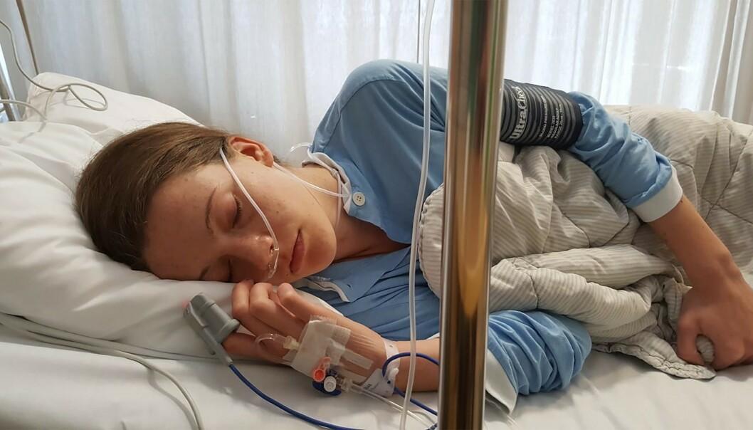 <strong>INNLAGT:</strong> Martine har vært operert to ganger, men er fortsatt syk. Hun har hatt utallige innleggelser etter anfall på grunn av de voldsomme smertene i underlivet.