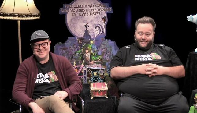 Jørgen Jacobsen sammen med Jan Olav Hegvik i Retromessa-studioet, hvor de snakka med David Brevik. 📸: Retromessa