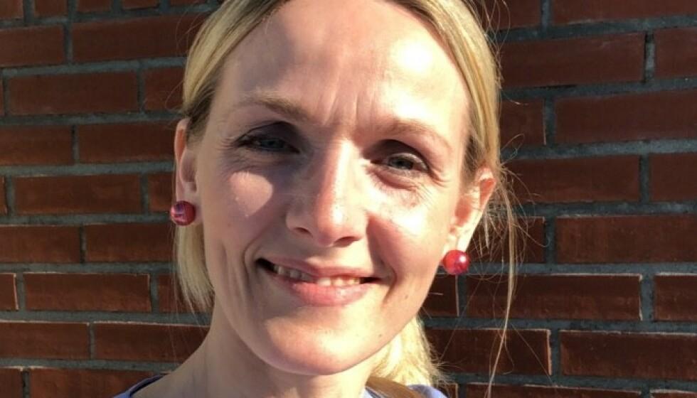 <strong>VIKTIG NÆRHET:</strong> - Jeg så hvor mye den klemmen betød for pasienten, forteller sykepleier Elisabeth Norheim Walderhaug. Foto: Privat