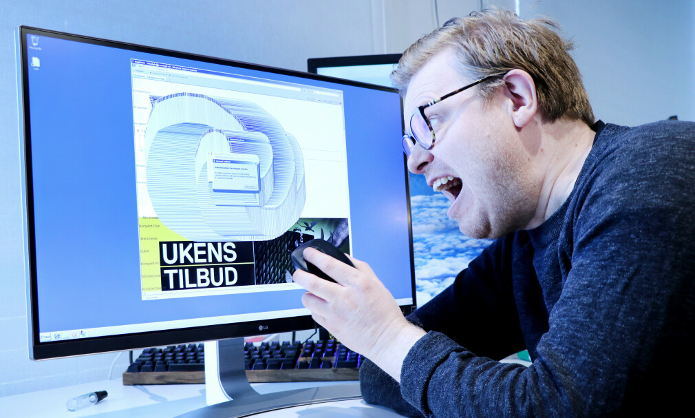 Onsdag forrige uke tok fagredaktør Jørgen Jacobsen ned flere store norske nettsider. Bare fordi han skulle oppdatere kode24. 📸: Ole Petter Baugerød Stokke