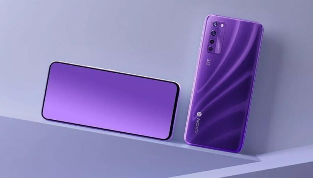 <strong>KAMERA BAK SKJERMEN:</strong> ZTE Axon 20 5G er den første mobilen med dette. Foto: ZTE