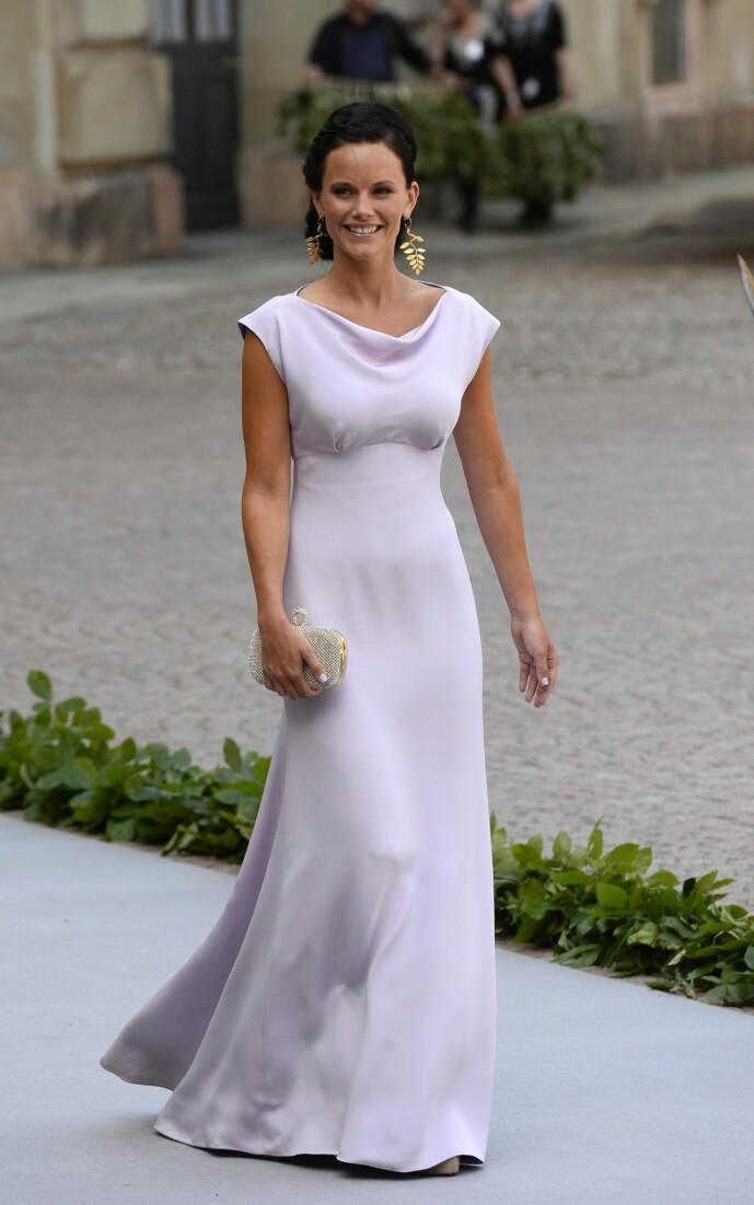 <strong>DEN GANG DA:</strong> Prinsesse Sofia ble offentliggjort som prins Carl Philips kjæreste allerede i 2010, men de forlovet seg først fire år seinere. Her er hun fotografert i 2013, i bryllupet til prinsesse Madeleine og Chris O'Neill. Foto: NTB Scanpix
