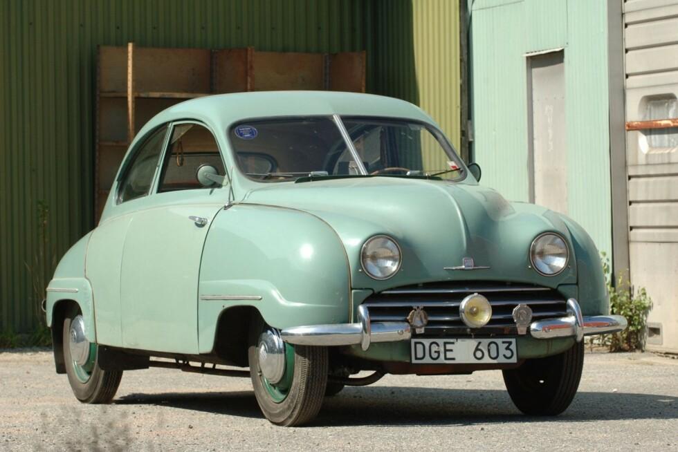 <strong>VERDENS ELDSTE:</strong> Dette skal være verdens eldste registrerte Saab. Det er bil nummer fire som ble bygget etter at flyprodusenten Svenska Aeroplan AB (SAAB) i 1947 bestemte seg for å prøve seg på bilproduksjon. Foto: Bilwebauctions