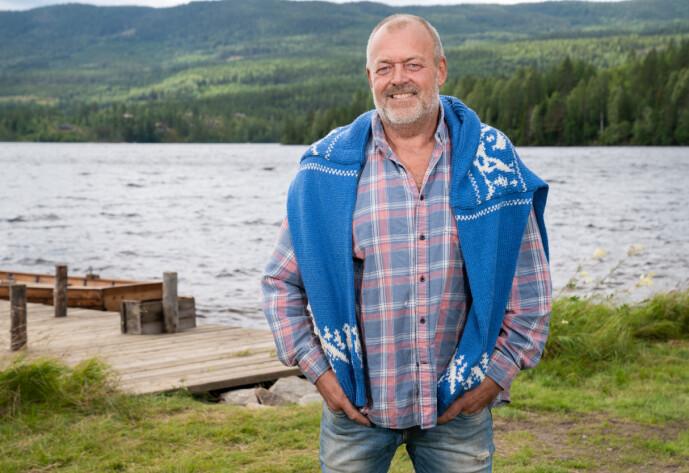 <strong>AVLYSTE BRYLLUPET:</strong> Kennelvert Jostein Grav skulle ha giftet seg i august - i stedet er han med på «Farmen». Foto: Alex Iversen / TV 2