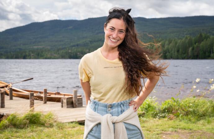 <strong>OPPVOKST PÅ GÅRD:</strong> Karianne Kopperstad fra Fosnavåg er født og oppvokst på gård, og ser fram til å spre glede på skjermen. Hun er blant dem som skal gi alt for å vinne konkurransen. Foto: Alex Iversen / TV 2