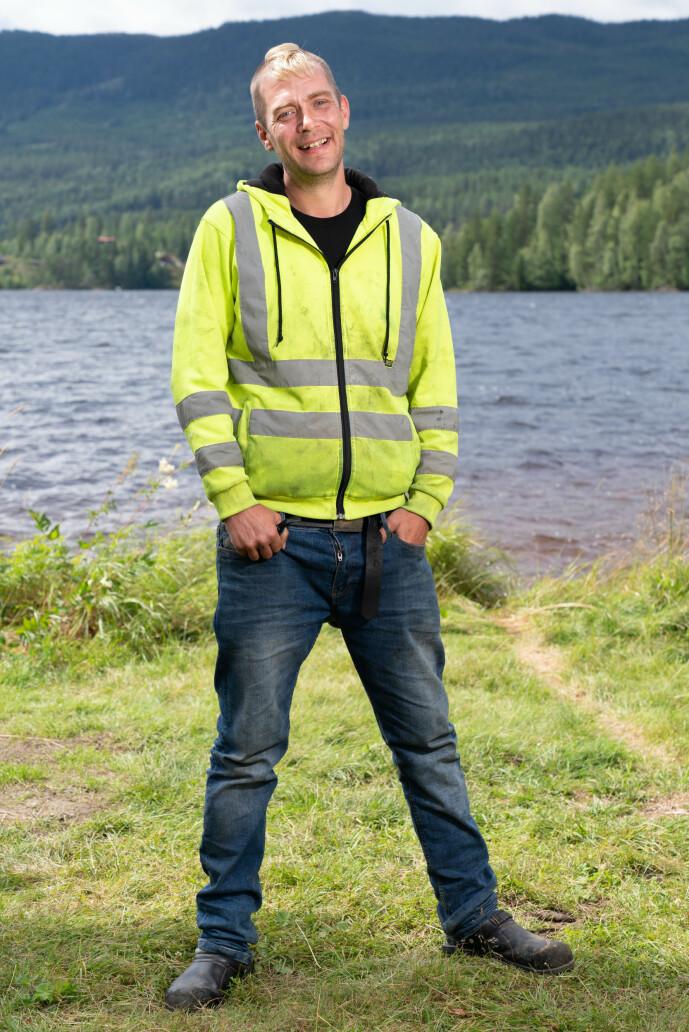 <strong>KLAR:</strong> 36 år gamle Raymond Røskeland håper han ikke møter noen feminine gutter på tv-gården. Foto: Alex Iversen / TV 2