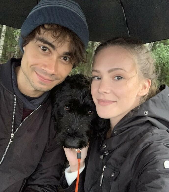 <strong>PÅ TUR:</strong> Alexander Rybak og Martine har tett kontakt. Nylig gikk de to tur sammen med Milla, hunden til Martines familie.