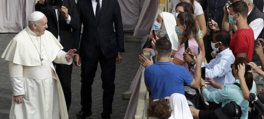Pave Frans drar ut av Roma