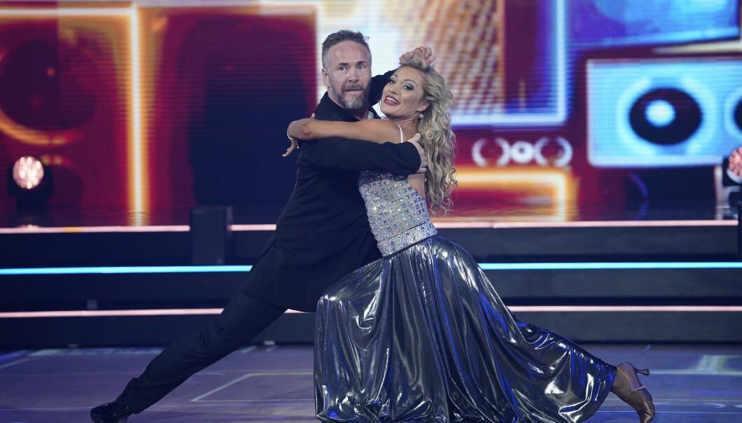 <strong>HØSTET SKRYT:</strong> Michael Andreassen gjorde dommerne fornøyde med sin tango. Foto: Espen Solli / TV 2