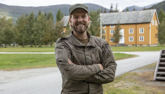 <strong>GRUET SEG:</strong> Jakob Schøyen Andersen innrømmer at han har gruet seg masse, men ser fram til samholdet mellom deltakerne. Foto: Matti Bernitz/TV 2
