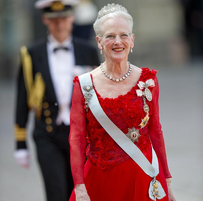 <strong>TANTE DAISY:</strong> Dronning Margrethe av Danmark i bryllupet til prins Carl Philip og Sofia Hellqvist i Slottskyrkan i Stockholm. FOTO: Jon Olav Nesvold/NTBScanpix