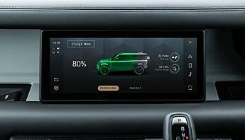 <strong>TO TIMER:</strong> Tiden det skal ta å lade Defender P400e sine batterier til 80 prosent. Foto: Land Rover