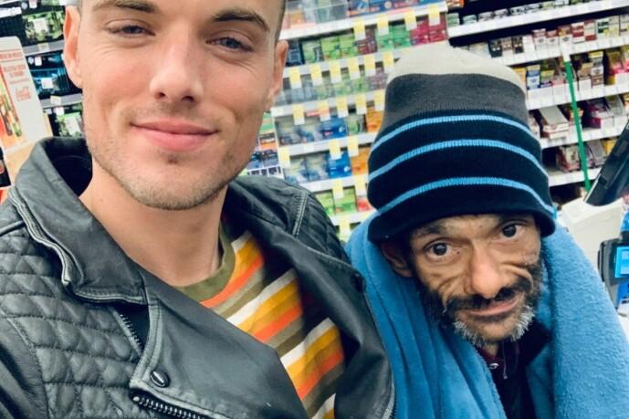 <strong>VENN:</strong> Skuespillerens kompis Drew Gallagher vil gjerne hjelpe kameraten ut av de kriminelle baner. Foto: Gofundme
