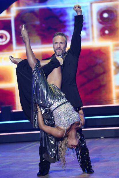<strong>- EN BRAGD:</strong> Forrige lørdag danset Andreassen og Ewa Trela seg til 24 poeng hos dommerne. Han ser på det som en bragd at han i det hele tatt er med. Foto: Espen Solli / TV 2