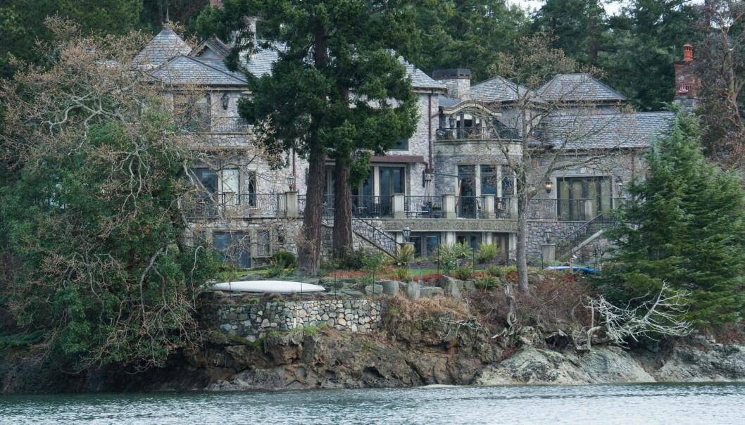 <strong>DYRT LÅN:</strong> Denne villaen i Canada fikk hertugparet låne for «en billig penge», hevdes det i boka. Foto: NTB Scanpix