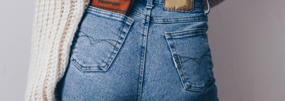 Image: Én kropp - fire forskjellige jeans! Så mye har lommene å si